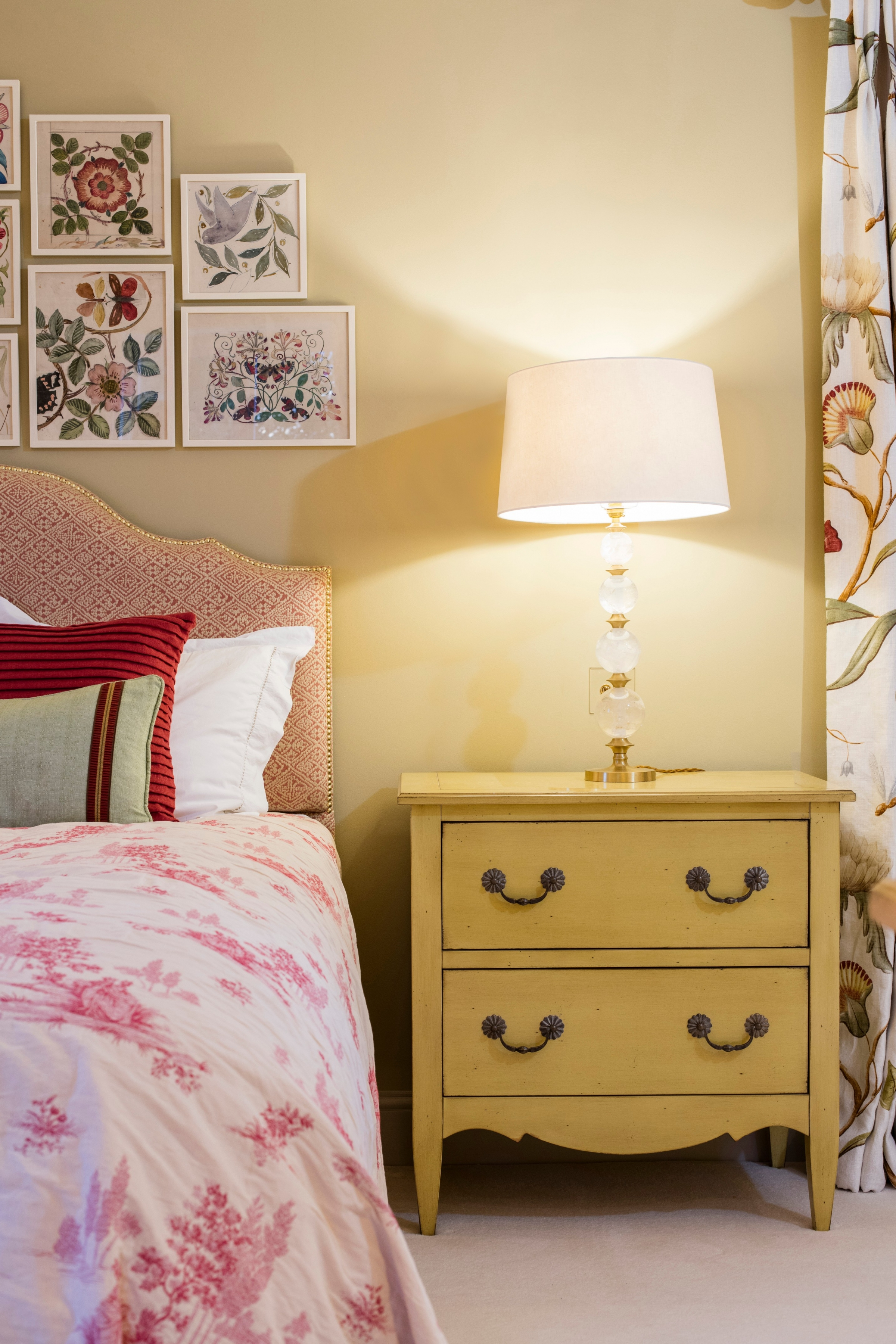 Cream Bedside Tables: Chateaubriand Bedside Table In Antique Cream